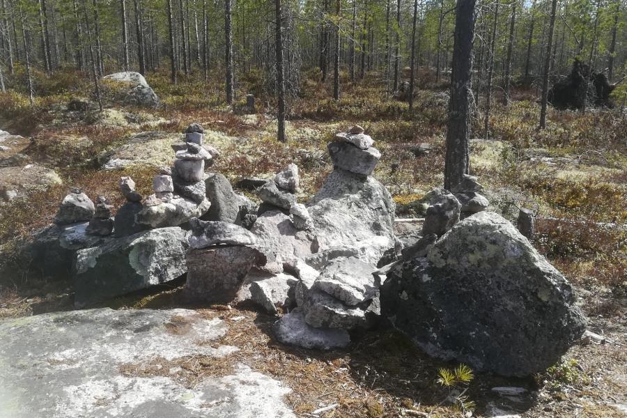 Toinen kiviasetelma