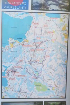 Koko alueen polkujen kartta
